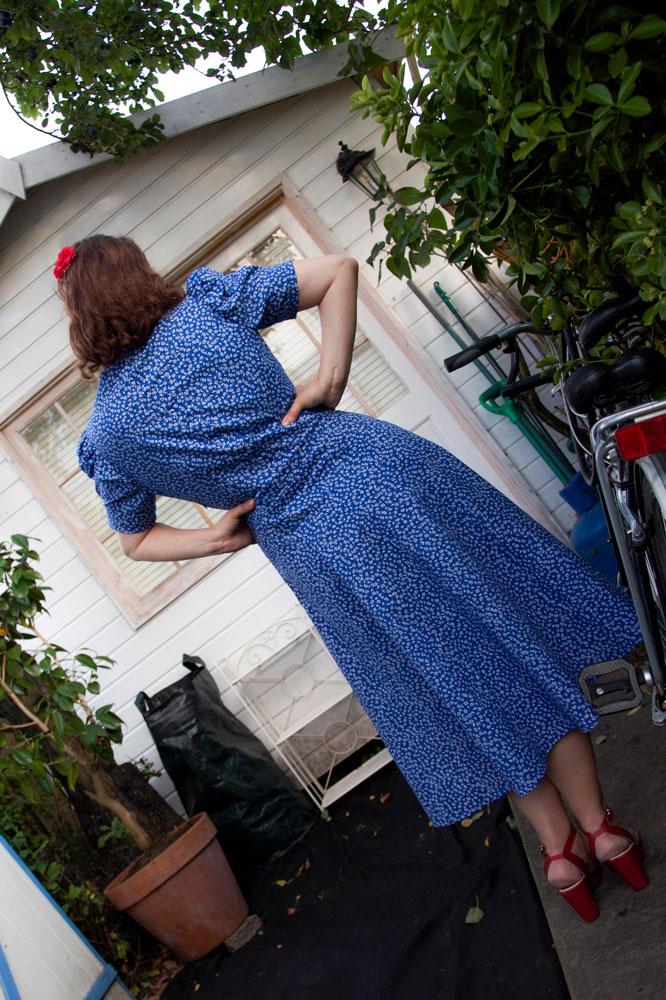 back of vintage 1939 dress