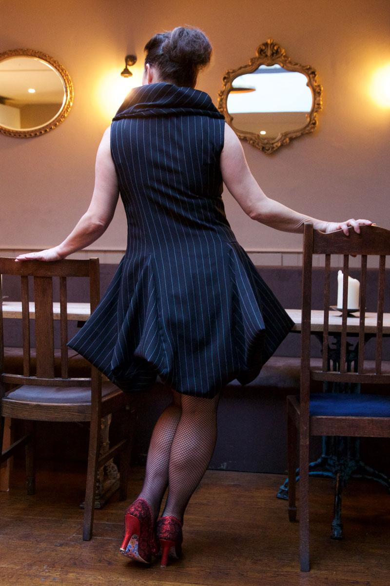 V9241_cocktail_dress_3