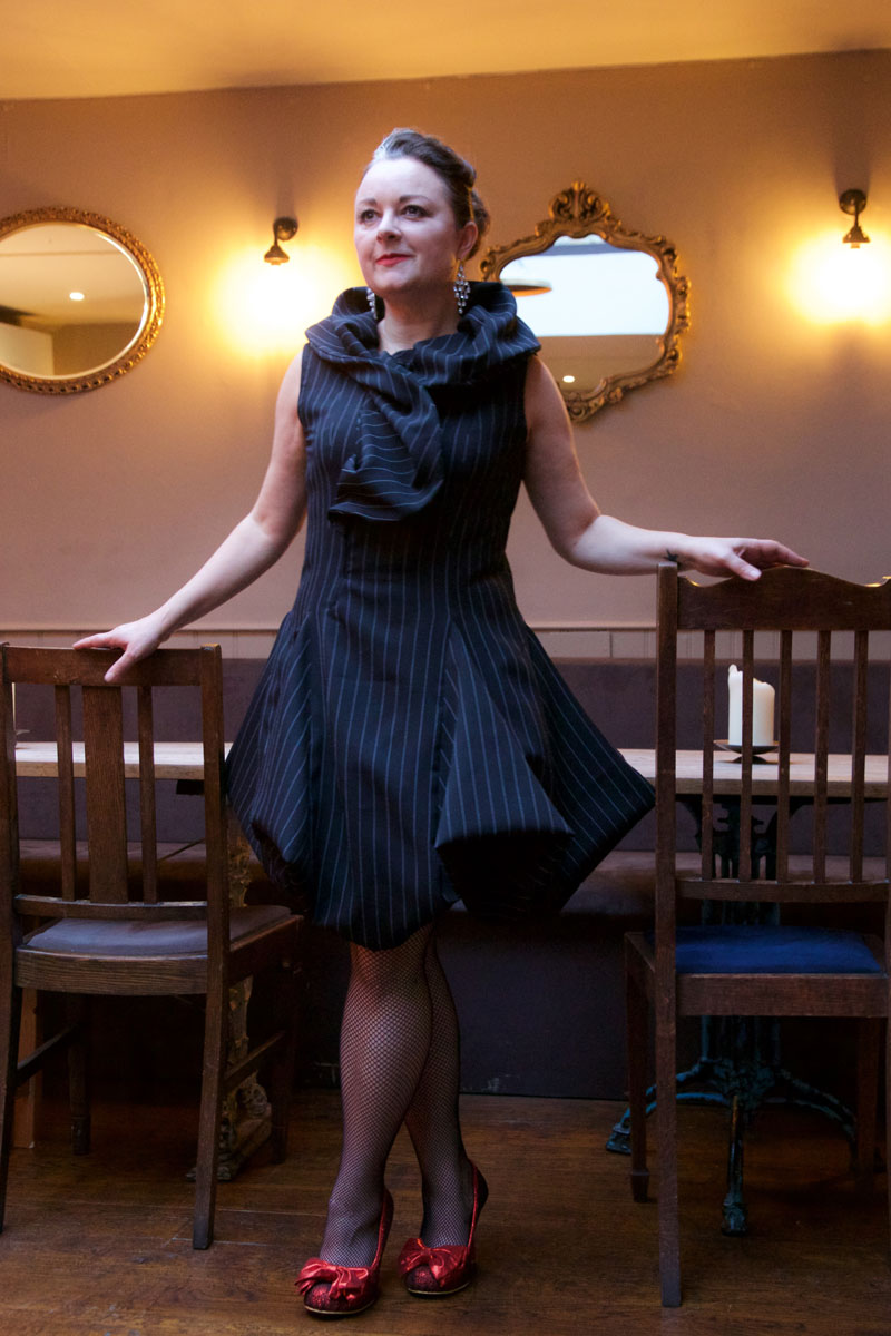 V9241_cocktail_dress_4