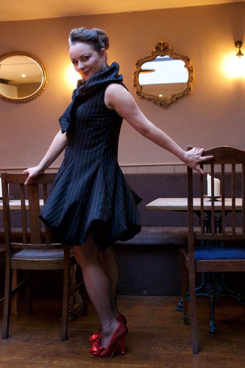 V9241_cocktail_dress_5